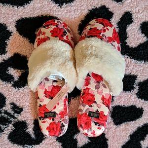 Victoria's Secret Faux Fur Slippers with Dust Bag